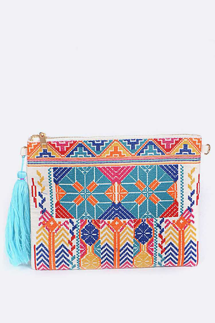 Tribal Pattern Embroidery Clutch Bag