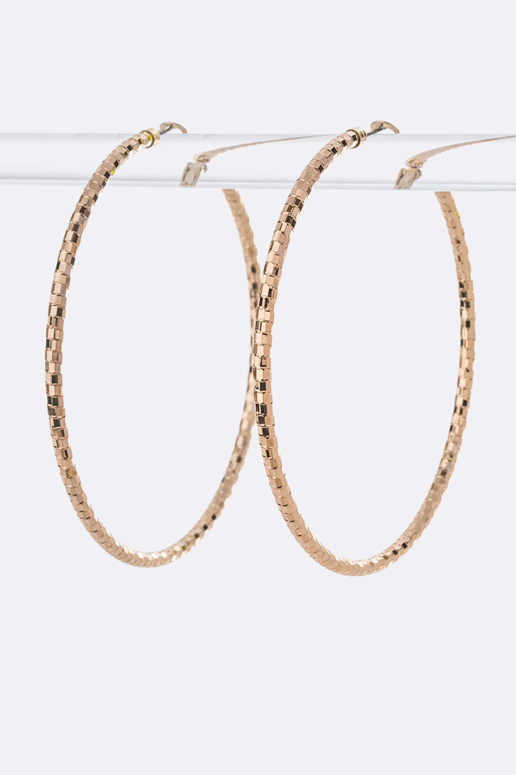 Textured Extra Large 80MM Iconic Hoop