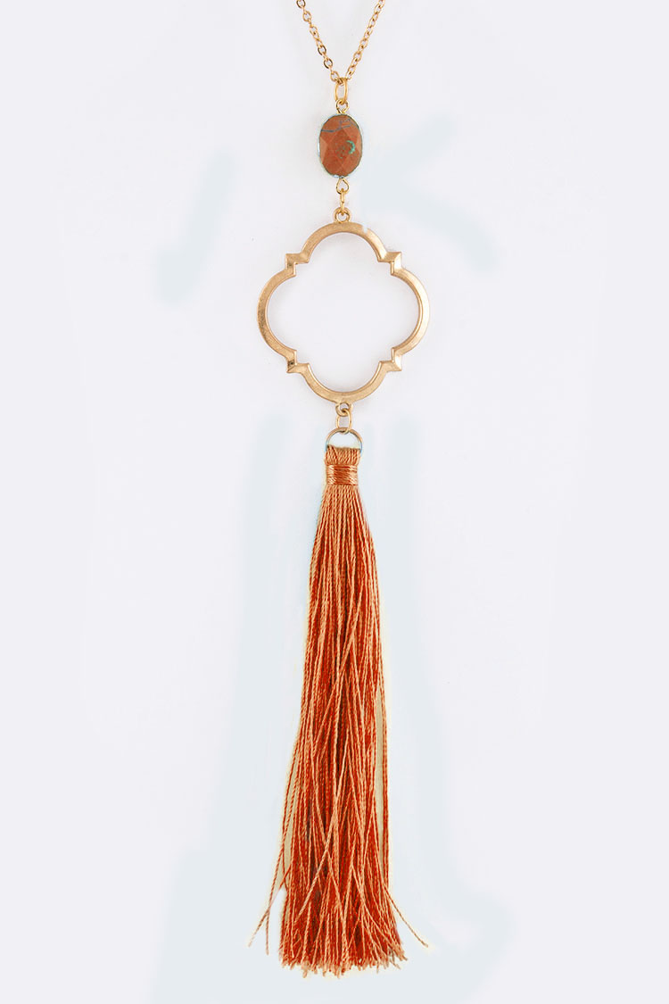 Clover Pendant Long Tassel Necklace