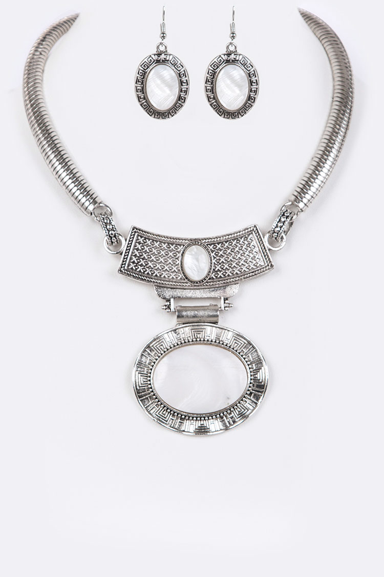 MOP Oval Collar Necklace Set