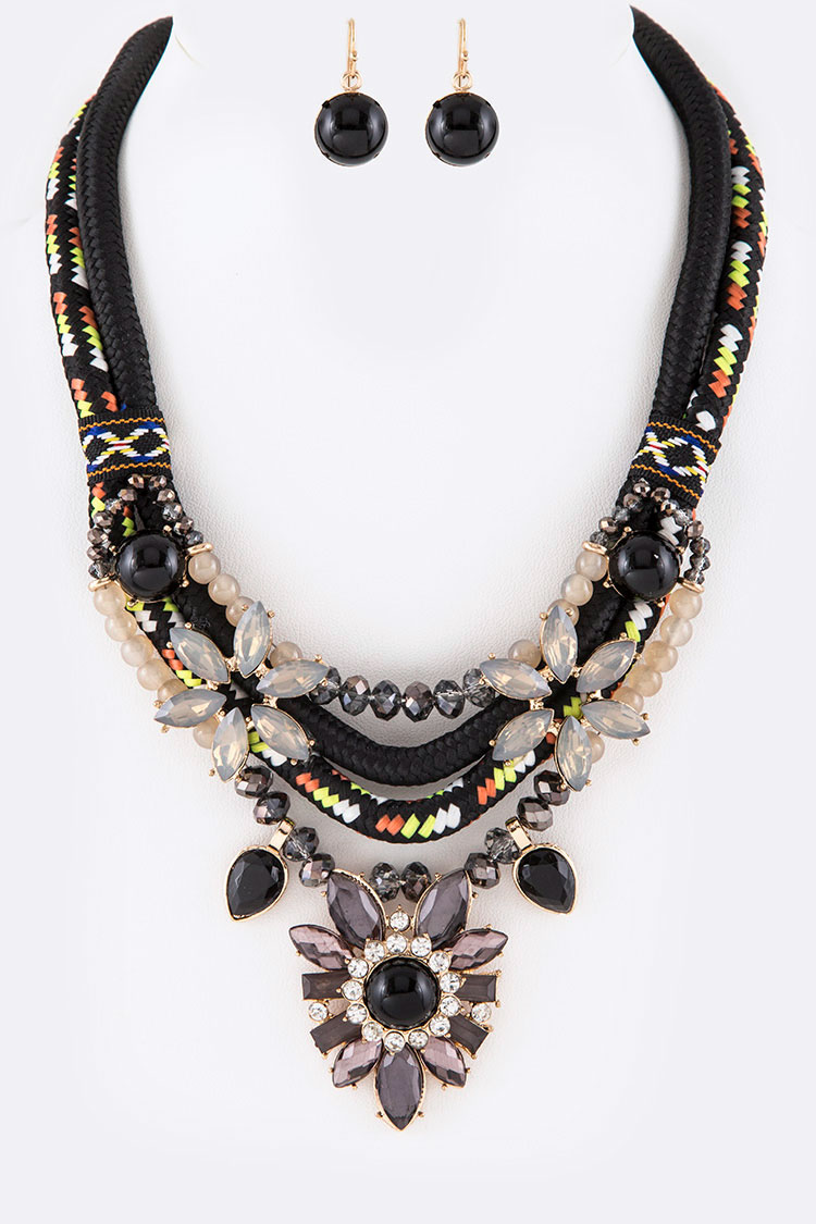 Bejeweled Iconic Necklace Set