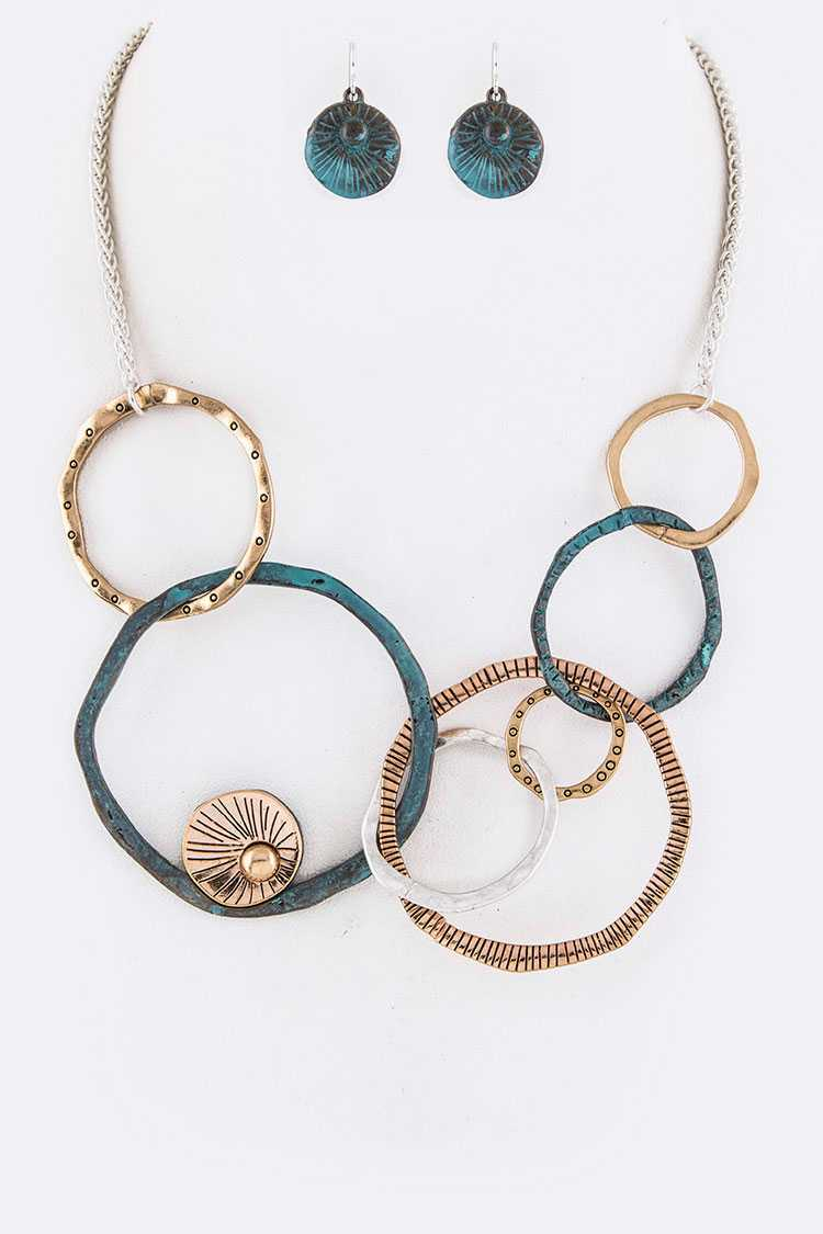 Mix Textured Hoop Links Iconic Necklace Set