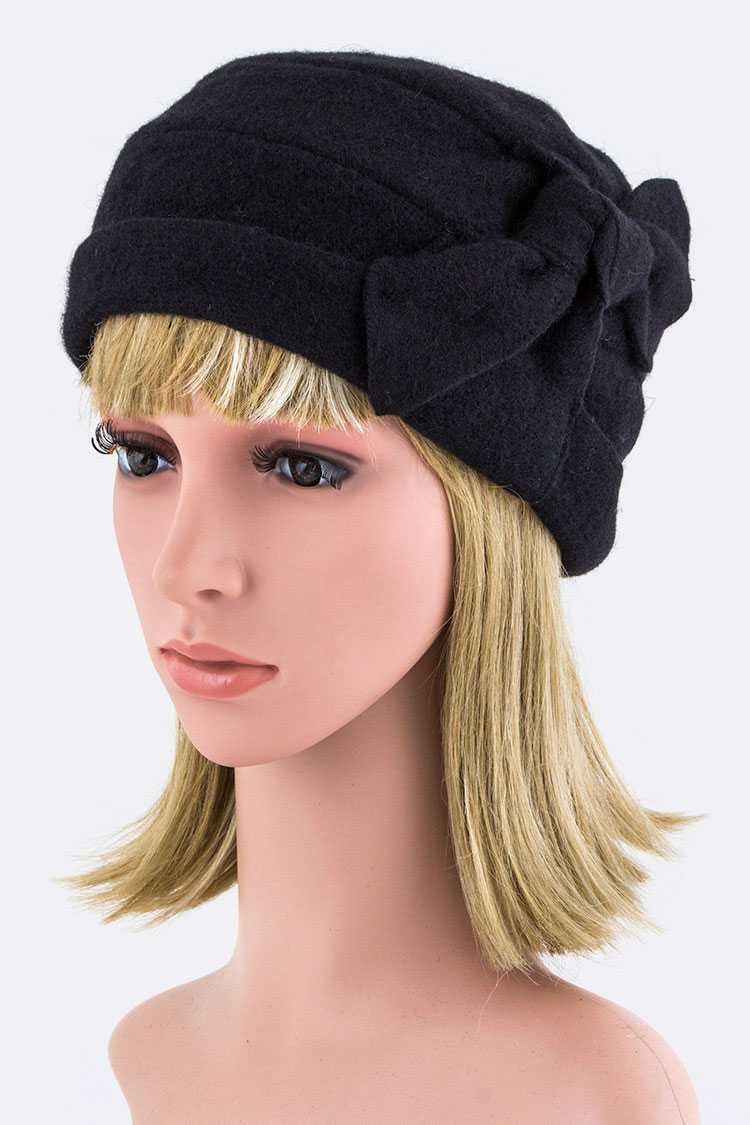 Lambswool Knotted Accent Winter Hat