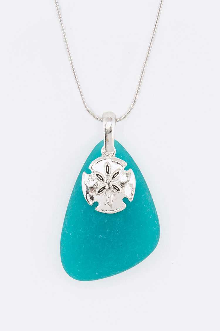 Frosted Glass Sand Dollar Pendant Necklace Set
