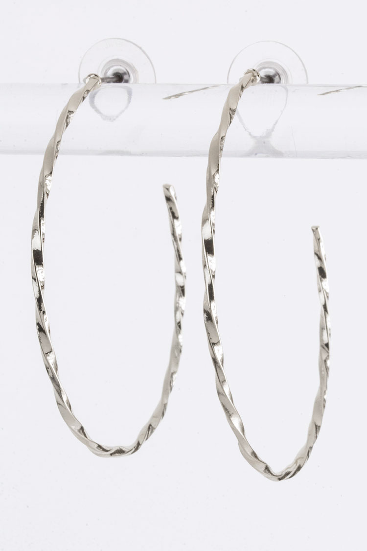 Edging Twist Hoops