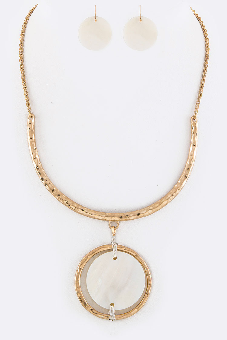Shell Disk Collar Necklace Set