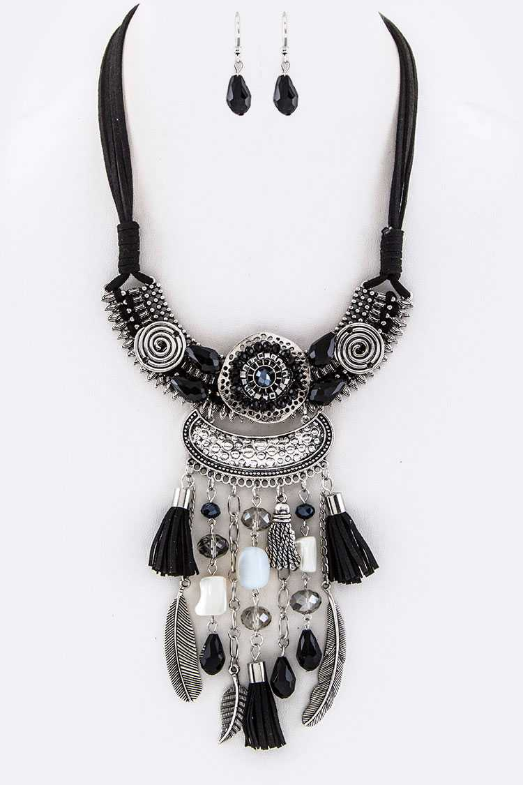 Mix Charms Iconic Bib Necklace Set