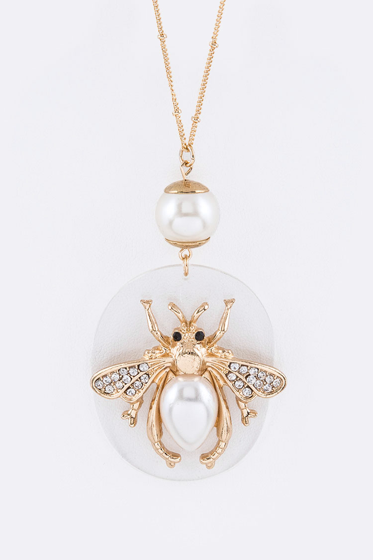 Crystal Pearl Iconic Fly Pendant Necklace