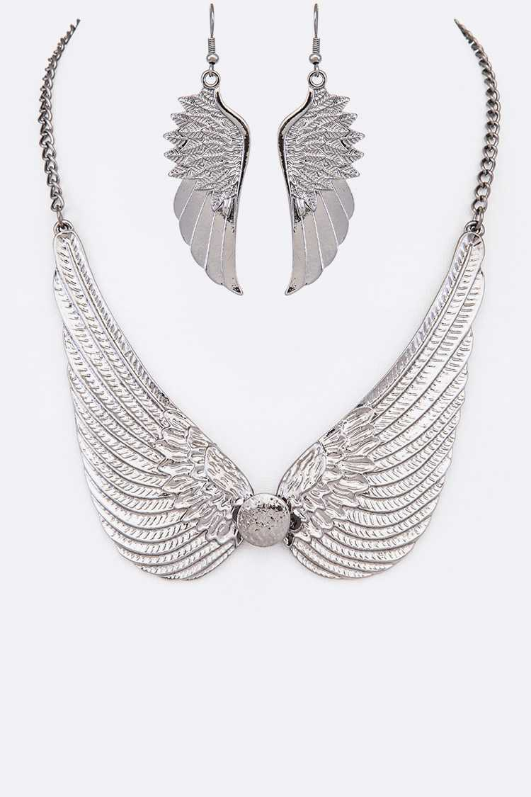 Metal Wings Statement Necklace Set