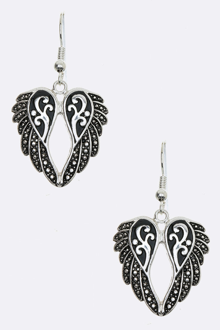 Engrave Wings Earrings