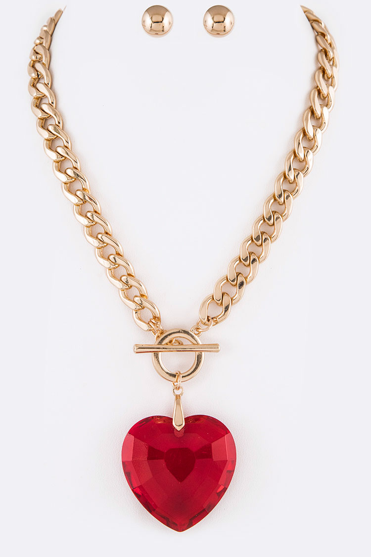 Red Heart Iconic Pendant Necklace Set
