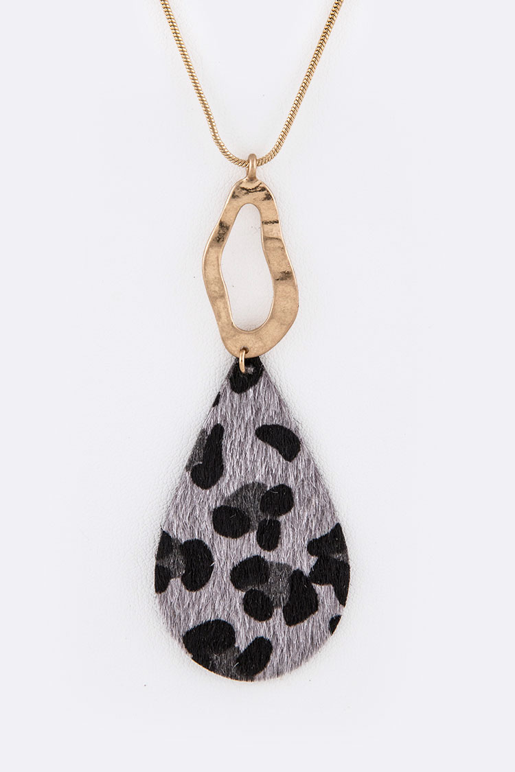 Animal Print Faux Pony Pendant Necklace