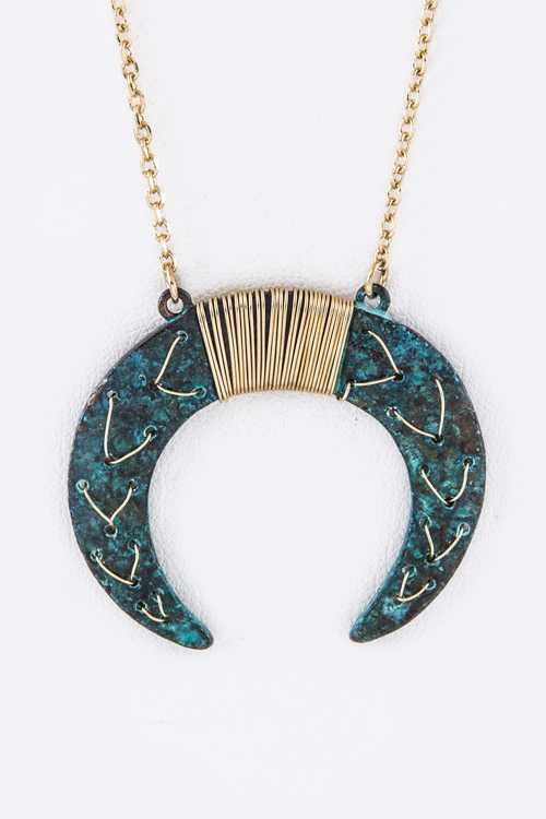 Wired Metal Horn Long Necklace