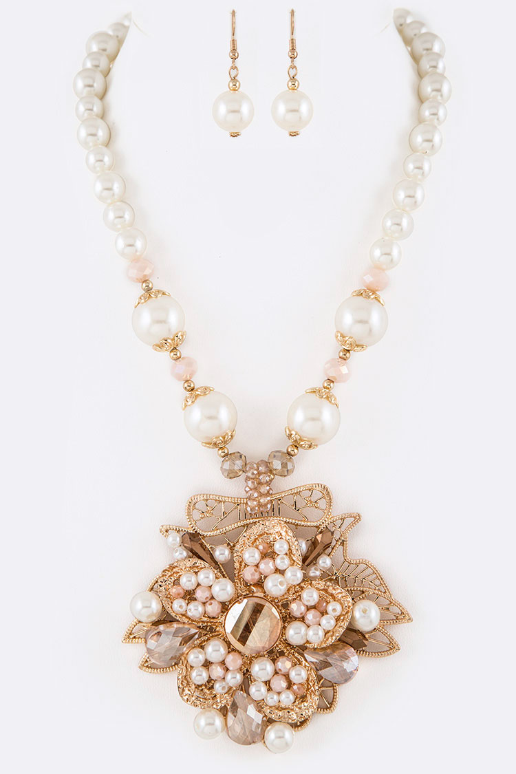 Mix Pearl Iconic Pendant Necklace Set