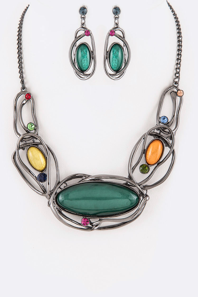 Resin Crystal Wired Statement Necklace Set