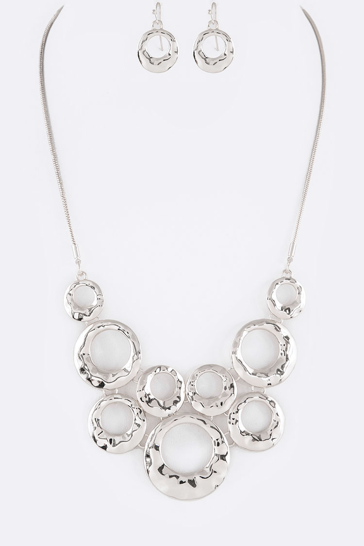 Textured Ring Bib Necklace Set