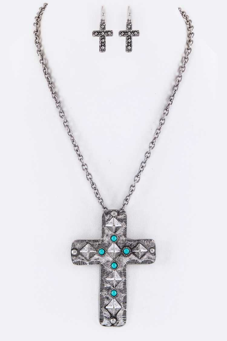 Pave Stone & Embossed Cross Pendant Necklace Set