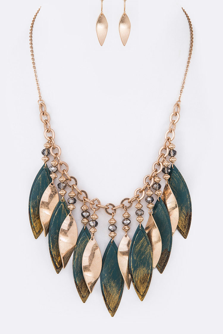 Distress Painted Fringe Plates Statement Necklace Set