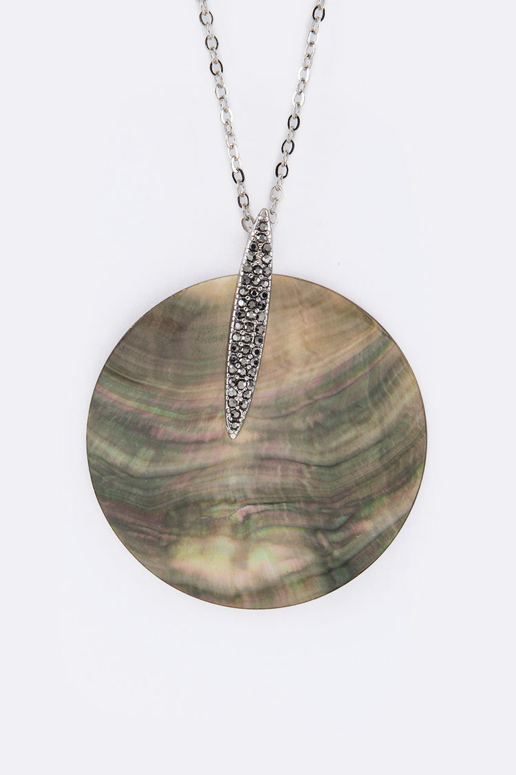 Shell Disk Pendant Necklace Set