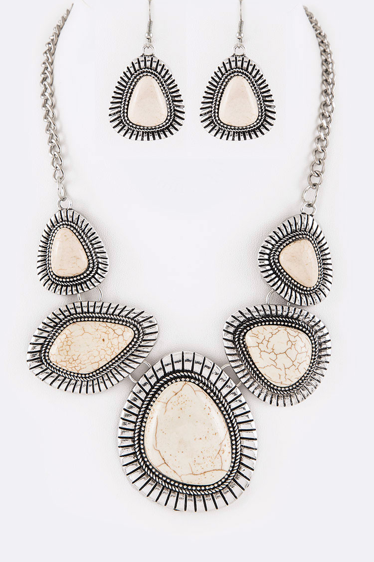 Stone Statement Necklace Set