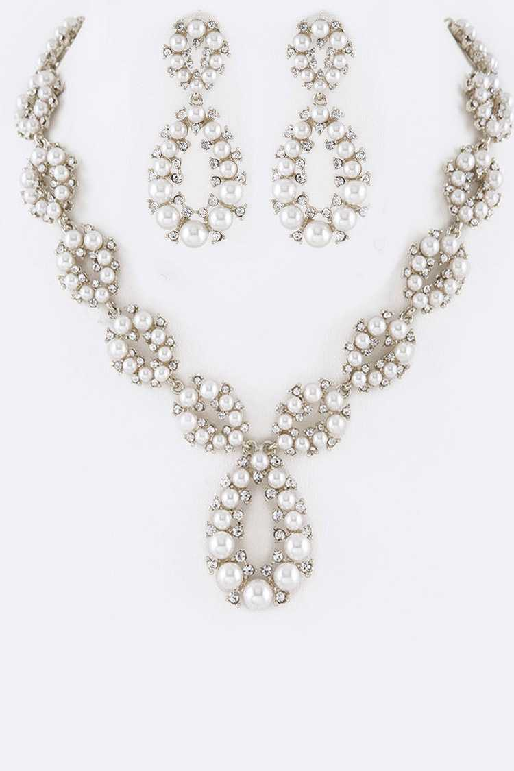 Pearl & Crystal Iconic Necklace Set