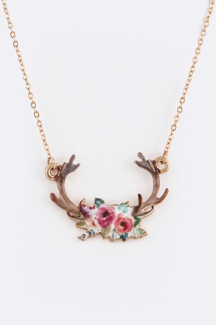 Floral Horn Printed Iconic Pendant Necklace Set
