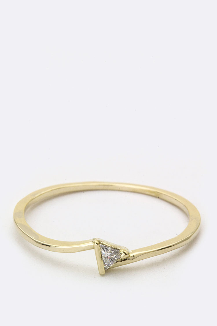 Triangle CZ Ring