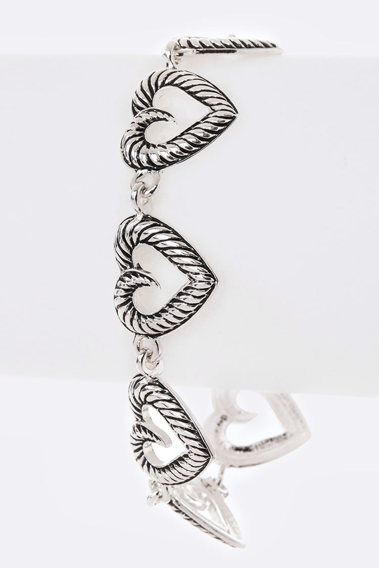 Engraved Heart Linked Bracelet