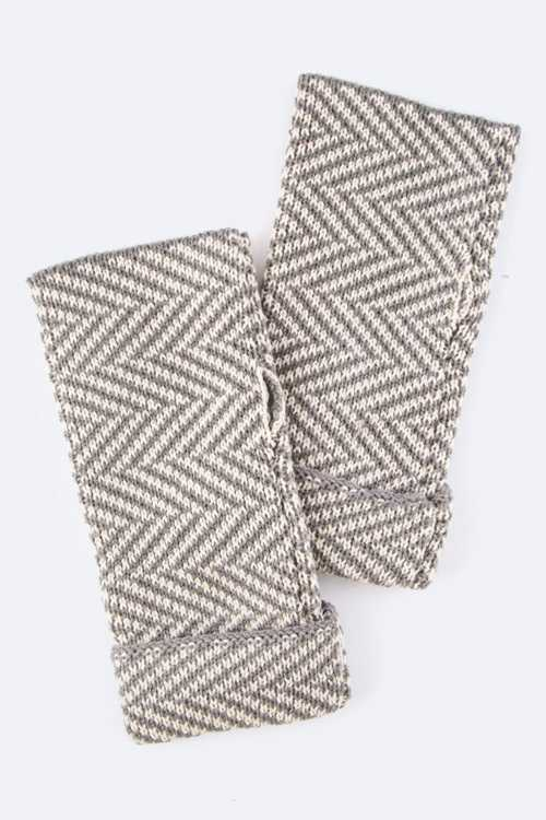 Alternate Oblique Lines Fingerless Gloves