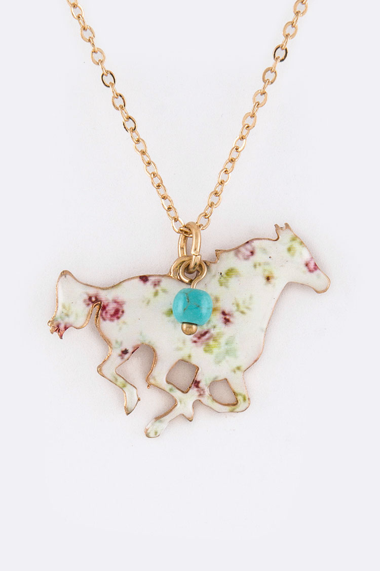 Rose Print Horse Pendant Necklace Set