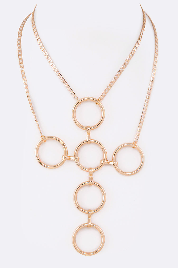 Iconic Ring Link Statement Necklace