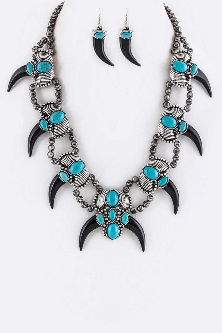 Turquoise Ornate Horns Statement Necklace Set
