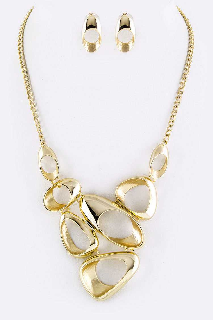 Pebble Ring Iconic Necklace Set