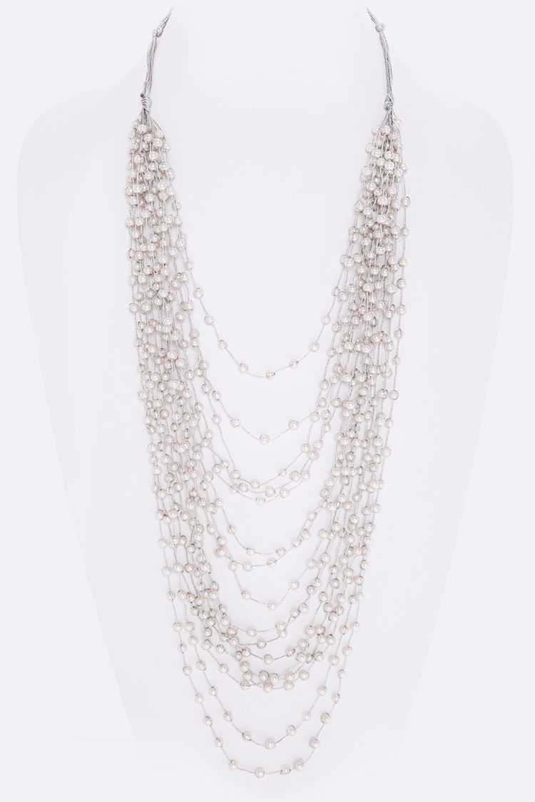 Layer Pearls Necklace