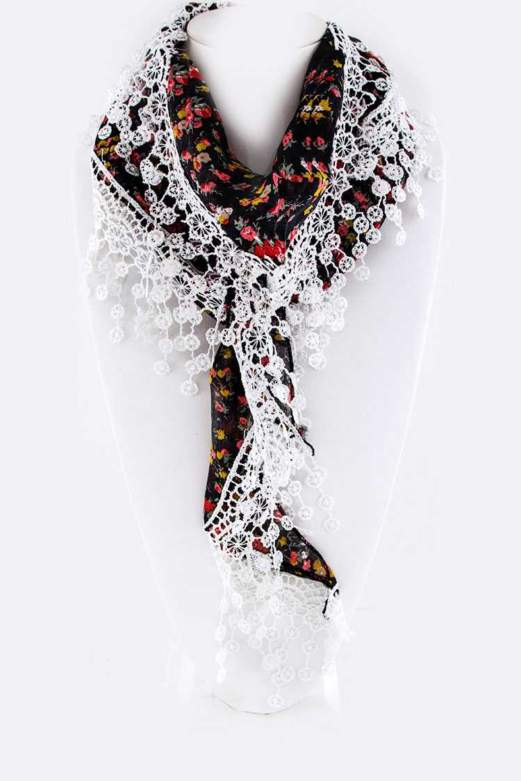 Floral Printed Lace Trim Triangle Scarf