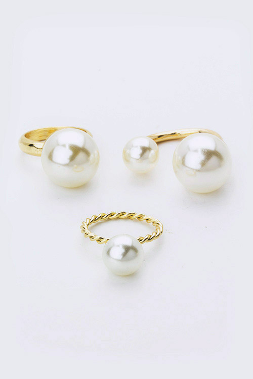 Mix Pearls Fashion Ring Set