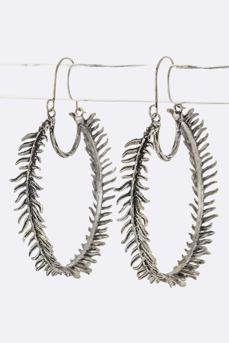 Metal Leaf Hoop Earrings (L)