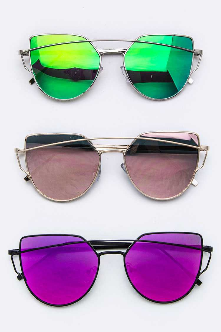 Iconic Top-Bar Cat Eye Sunglasses