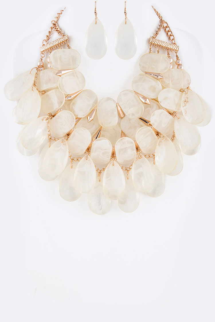Layer Pebble Resin Statement Necklace Set