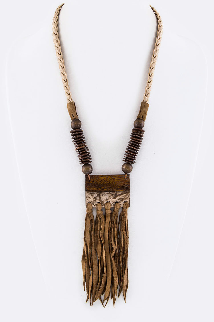Iconic Wooden Plate & Fringe Leather Necklace