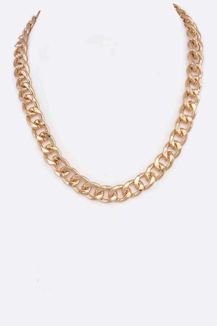 Chunky Chain Link Iconic Necklace