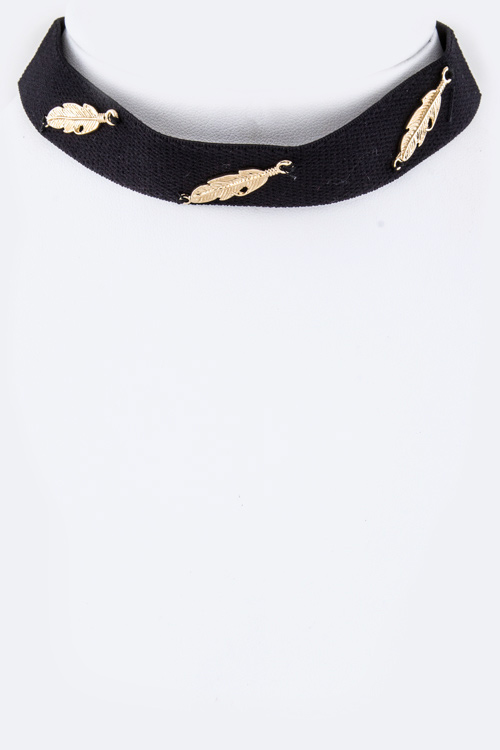 Metal Feathers Suede Choker Necklace