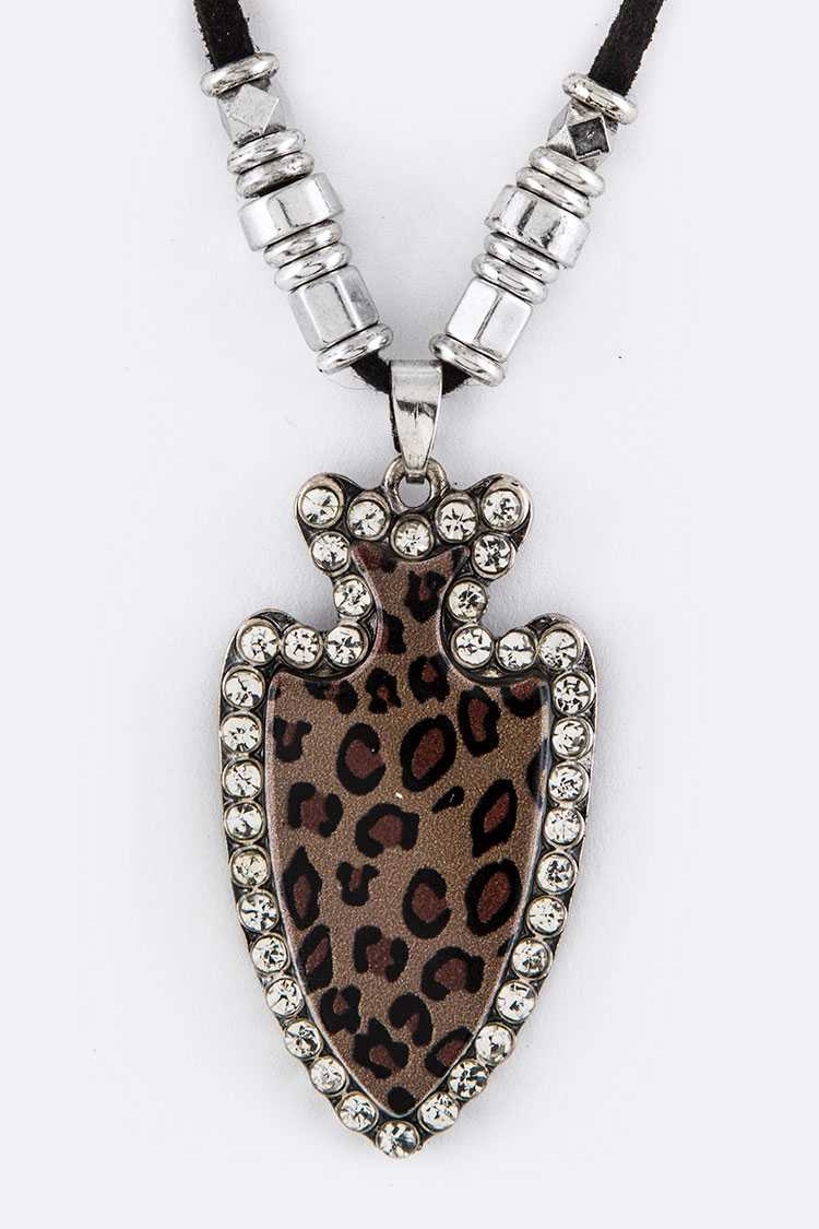 Leopard Crystal Arrow Head Pendant Necklace Set