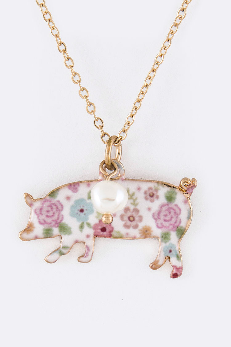 Rose Print Pig Pendant Necklace Set