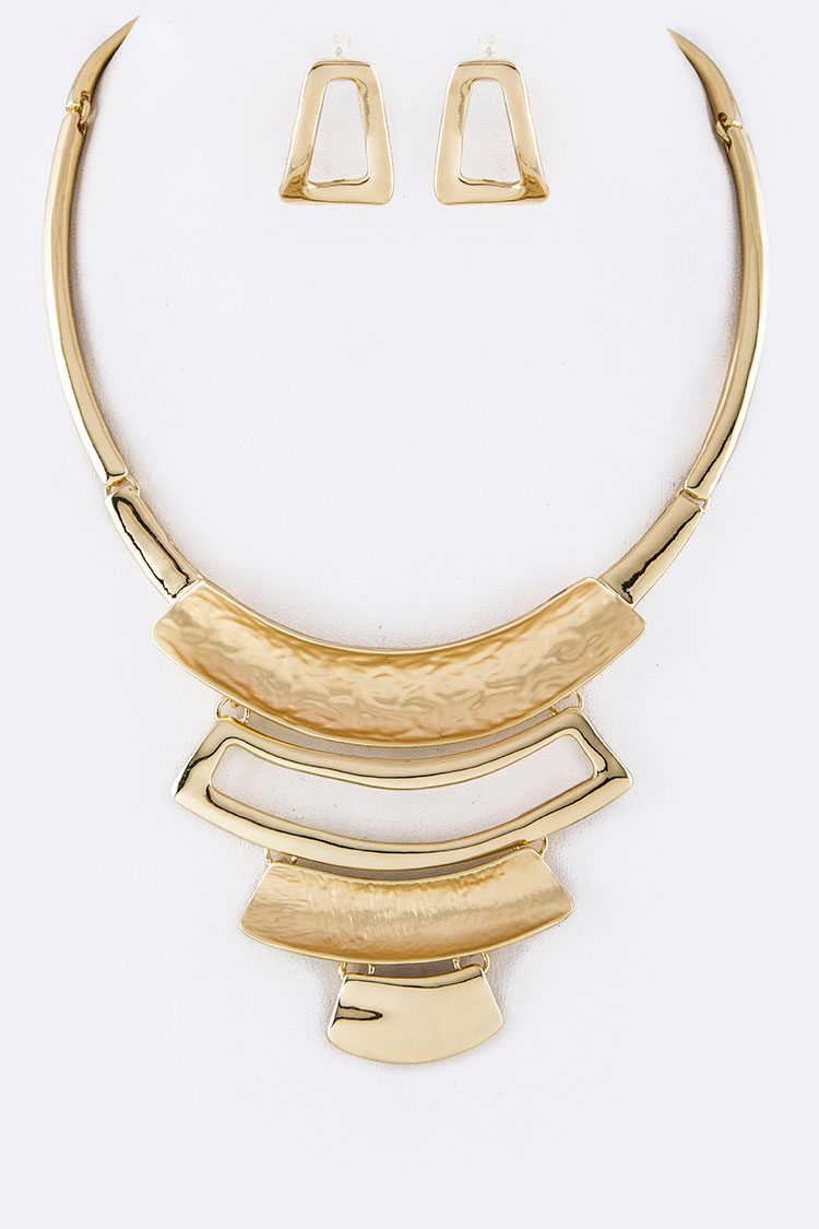 Mix Textured Iconic Metal Collar Necklace Set