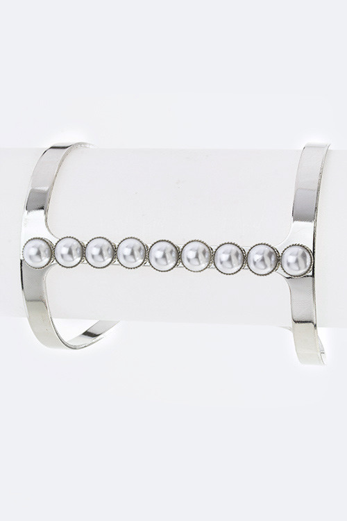 Paved Stones T Bar Open Cuff