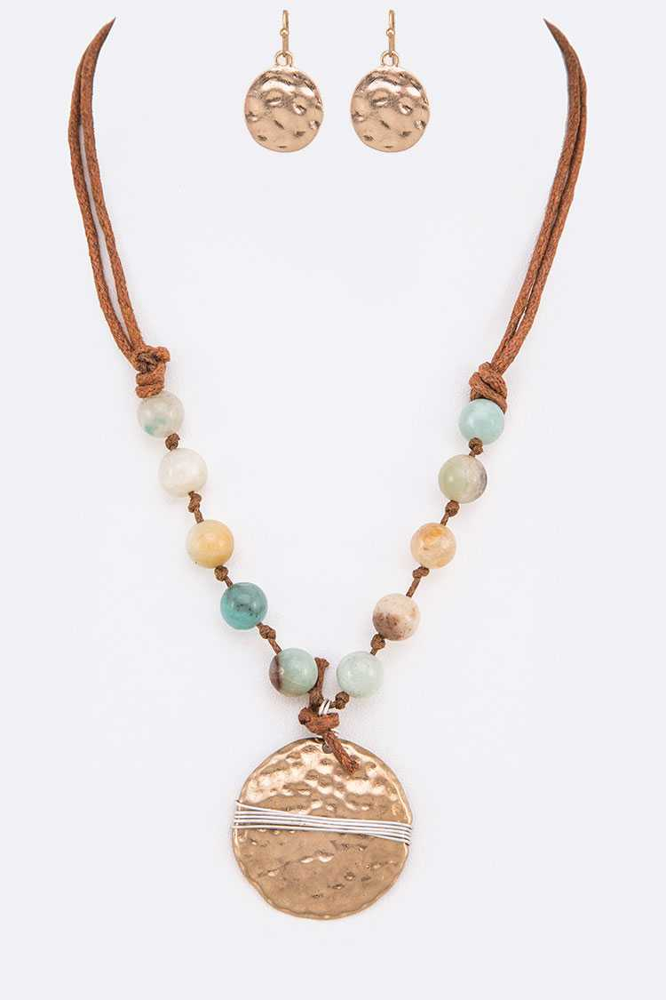 Wired Pendant Natural Stone Beaded Necklace Set