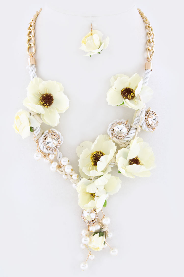 Flowers & Crystals Statement Necklace Set