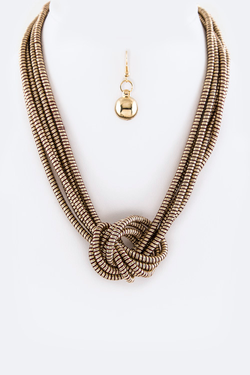 Knotted Layer Chain Necklace Set