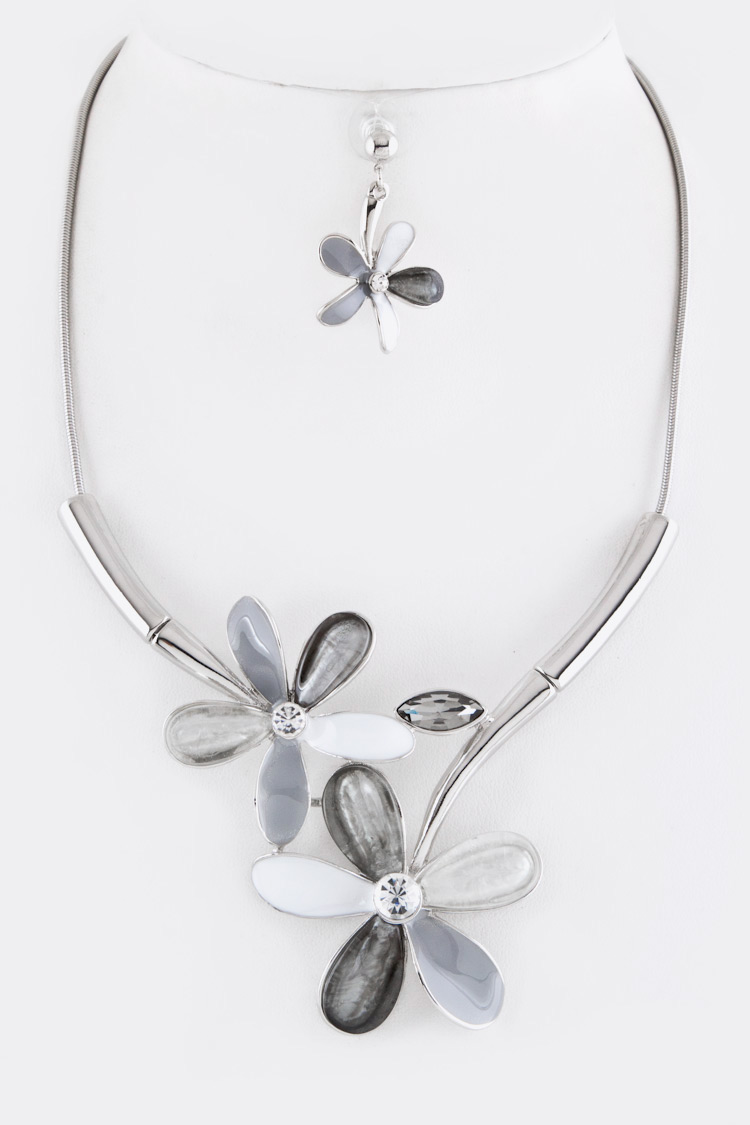 Crystal & Enamel Flowers Necklace Set